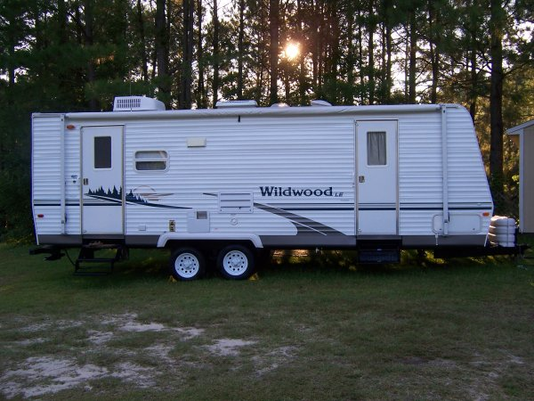 Wildwood Le Travel Trailer